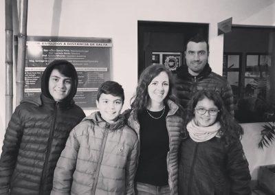 prof-lengua-visita_alumna_egresada